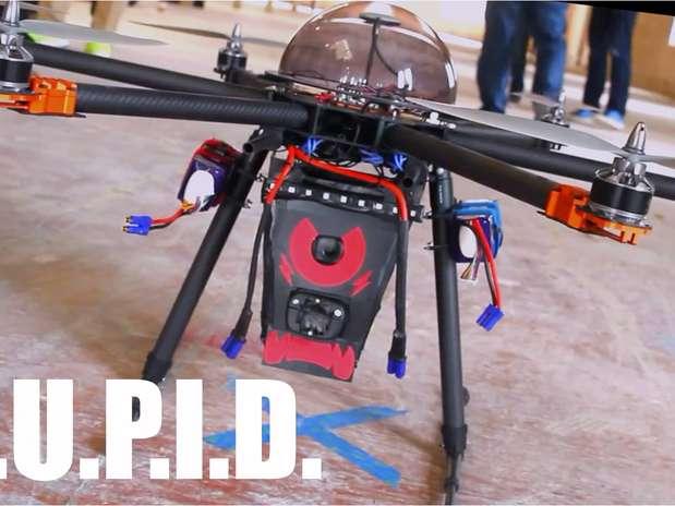 Drone-Teaser possui choque superior aos 50 mil volts da arma usada pela polícia Foto: Divulgação