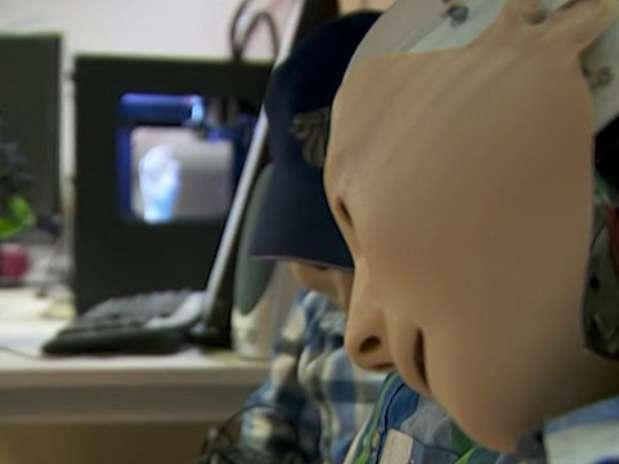 O robô foi projetado por engenheiros da Universidade de Hertfordshire Foto: BBCBrasil.com