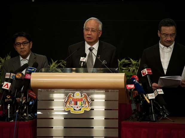 Premiê da Malásia confirmouque o avião desaparecido terminou sua jornada no sul do oceano Índico Foto: AFP