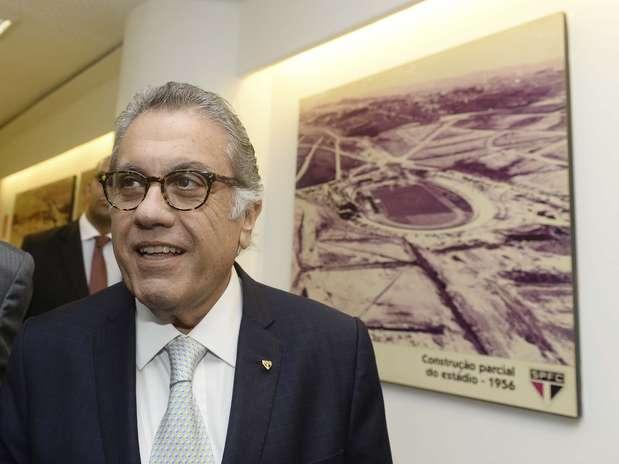 Sem Marco Aurélio Cunha e Kalil, Aidar fecha acordo de apoio com oposição