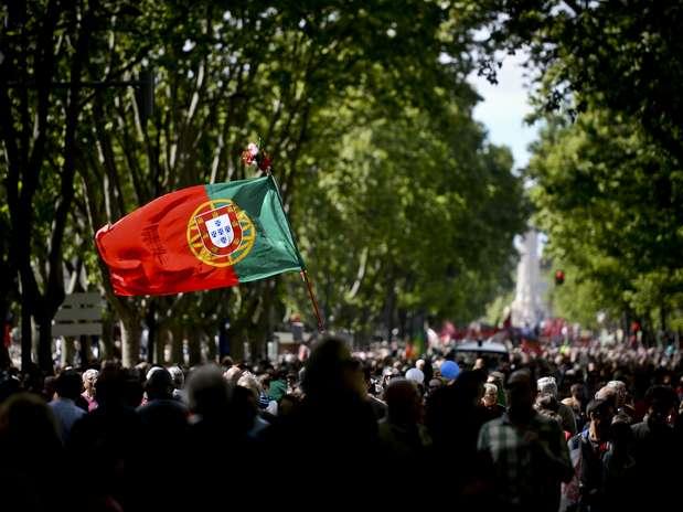 Marcha em Lisboa celebra os 40 anos da Revolução dos Cravos em Portugal Foto: Patricia de Melo Moreira / AFP