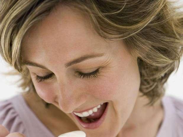 http://p2.trrsf.com/image/fget/cf/67/51/images.terra.com/2012/05/30/audaveis_gal1_iogurte20120530065813.jpg
