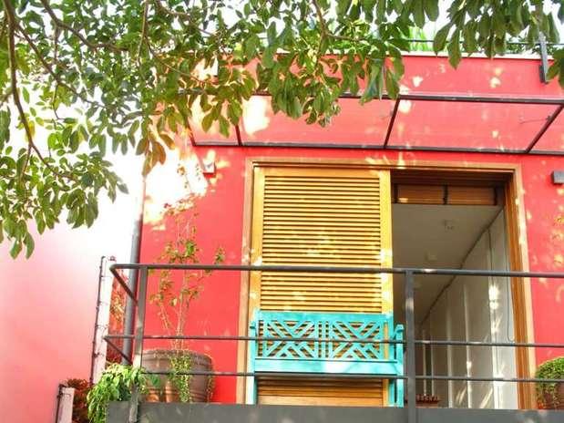 http://p2.trrsf.com/image/fget/cf/67/51/images.terra.com/2012/10/16/fachadacolorida1ced.JPG