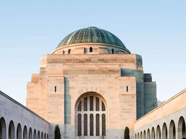 http://p2.trrsf.com/image/fget/cf/67/51/images.terra.com/2013/01/15/1-australian-war-memorial.jpg