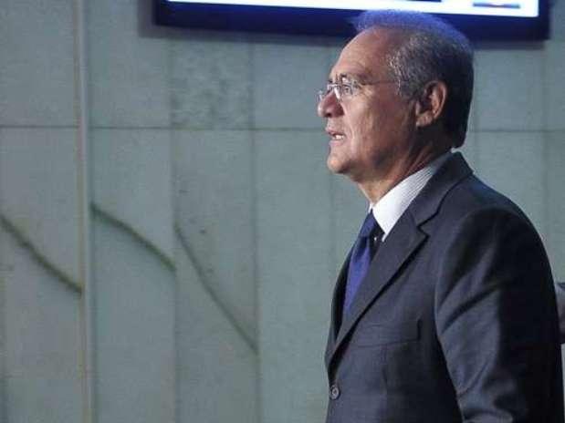A indignação contra Renan Calheiros foi traduzida em um novo abaixo-assinado, em que 1,5 milhão de pessoas pedem a cassação do parlamentar Foto: Antônio Cruz/ABr