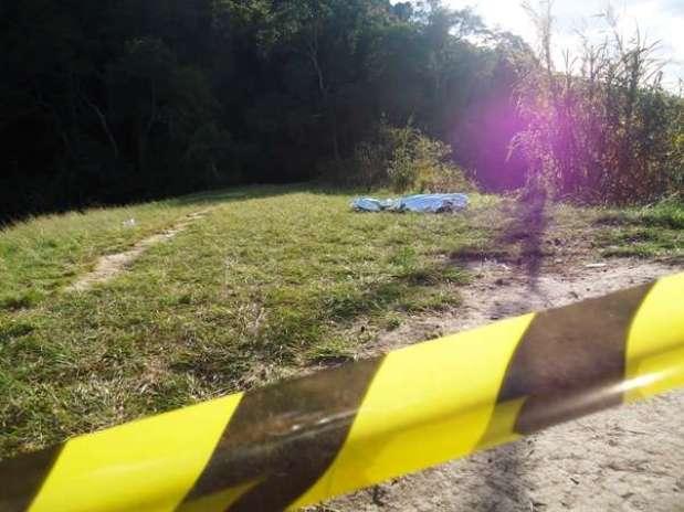 """No sábado, um homem de 29 anos morreu afogado na lagoa conhecida como """"represa Nascimento"""", em São Roque, no interior de São Paulo Foto: Guilherme Lion / vc repórter"""