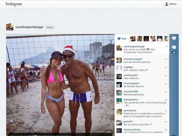 Carol Portaluppi postou foto ao lado do pai com mensagem que instigou gremistas Foto: Reprodução