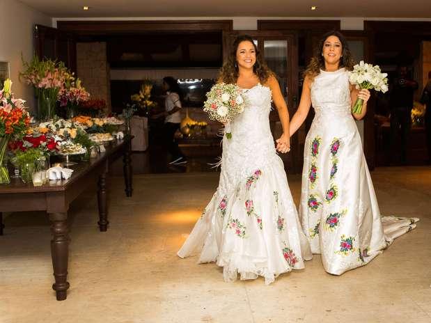 Daniela Mercury e Malu Verçosa se casaram na casa da cantora Foto: Célia Santos / Divulgação