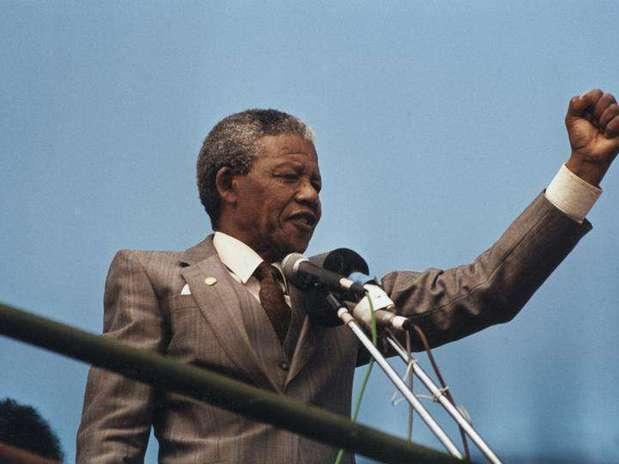 Nelson Mandela: vida social e política intensa, mesclada com vida pessoal rica eturbulenta Foto: Juda Ngwenya / Reuters