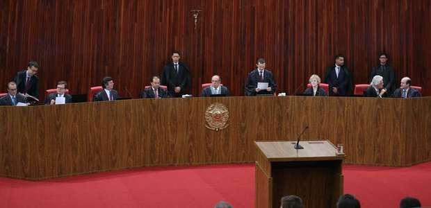 TSE retoma julgamento da cassação da chapa Dilma-Temer