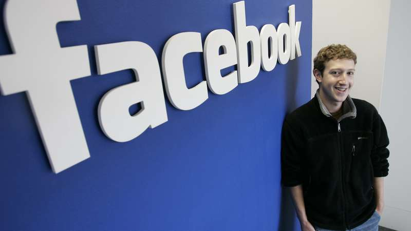 Facebook completa 10 anos: conheça a história da rede social