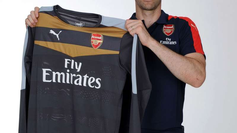 58772f9afd Petr Cech deixa Chelsea e reforça Arsenal