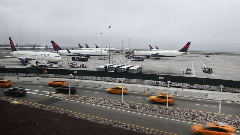 Aeroporto John Kennedy : Tartarugas causam atrasos em voos aeroporto de nova york
