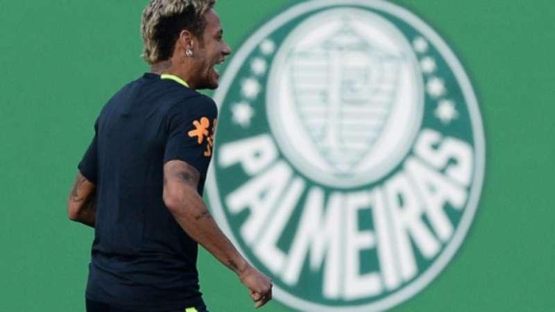 965eba9658aa8 Neymar com a camisa do Palmeiras  saiba de quem ele ganhou o presente