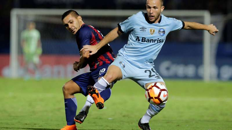 f2e92b2f5e Grohe garante empate ao Grêmio diante do Cerro no Paraguai