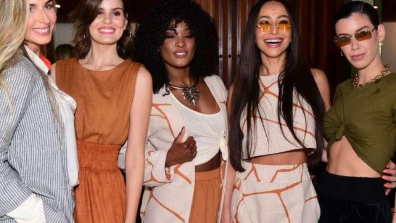 607593da2 Trend da temporada, famosas apostam em tons terrosos para desfile de moda