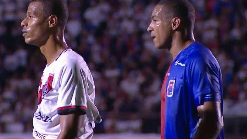 Paraná e Vitória ficam no empate sem gols na Vila Capanema - Terra