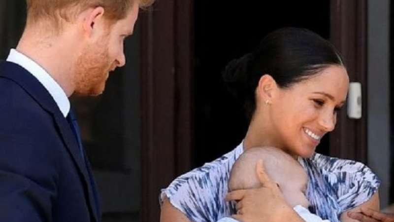 Longe da realeza: Meghan e Harry irão viajar em 1º Natal com filho. Saiba mais! - Terra
