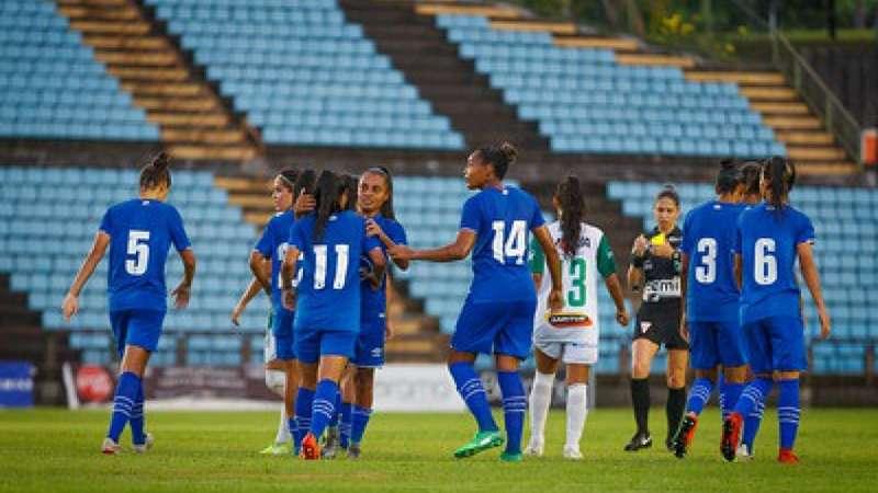 Cruzeiro vence jogo de ida pelas semifinais do Mineiro Feminino - Terra