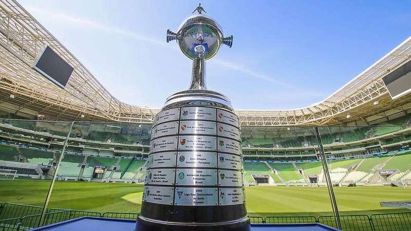 Estádios viram pontos turísticos para torcedores na cidade de São Paulo