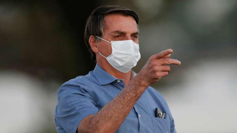 Bolsonaro veta indenização a profissionais de saúde incapacitados pela covid-19 – Terra