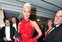 Brigitte Nielsen encabeza nuestra lista de famosas de altura con sus 1.85 metros de estatura. La actriz y modelo, de origen danés, alcanzó la fama en los años 80 por su matrimonio y divorcio con Sylvester Stallone.