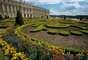 Gardens at Chateau de Versailles (Versalhes, França): no momento em que eles foram concebidos pela primeira vez no século 17, os jardins do Château de Versailles foram considerados quase tão importante como o próprio palácio. Designer André Le Nôtre foi nomeado pelo rei Louis XIV para liderar o projeto e ao projeto contou com milhares de homens e quase 40 anos para ser concluído