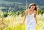 """3. Alivia o estresse: muitas mulheres afirmam que se sentem profundamente relaxadas depois de atingir o clímax, o que em parte pode ser atribuído aos hormônios que trazem a sensação de bem-estar. """"O orgasmo nos ajuda a limpar os resíduos de tensão que não precisamos carregar por aí"""", observa Heart. Ela ainda acrescenta que a sensação de relaxamento torna o sexo ainda melhor. """"Você está mais propensa a ter um orgasmo vaginal quando se encontra em um estado de profundo relaxamento, independente do tipo de estímulo"""
