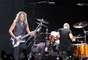 Pocos imaginaban que Metallica recrearía una escena ficticia que presentó durante la grabación de 'Cunning Stunts' en 1998, cuando en 'Enter Sandman' se simula la destrucción total del escenario con pirotecnia y un técnico lo cruza, convertido en una antorcha humana.