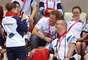 4 de Septiembre del 2012 - El Príncipe Harry regresó a sus actividades públicas y asistió a las competencias de los juegos paralímpicos en donde convivió con los atletas y asistentes y hasta se tomó fotos con ellos.