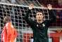 Cristiano Ronaldo celebra su gol, el primero del Madrid en el partido. El portugués festejó por partida triple.