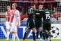 Los jugadores del Madrid celebran el gol de Ronaldo ante el Ajax.
