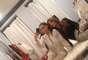La novia de Kanye West estuvo compartiendo una tarde con su amiga Larsa Pippen en Miami. Las dos han de ver estado aburridonas que se empezaron a tomar fotos.