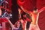 """""""Libertad Puebla"""", fueron las primeras palabras que mencionó la artista, quien agregó sentirse muy contenta de estar en Puebla pero a la vez triste porque este concierto forma parte de las últimas presentaciones que hará este año con la gira """"Gloria""""."""