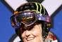 Sarah Burke, de 29 años, era una esquiadora canadiense de estilo libre que ganó cuatro medallas de oro en los X Games en Superpipe. También fue la primera mujer en conseguir un 1080 en la competencia, haciendo tres vueltas completas antes de aterrizar. Después de ejercer presión para legitimar el esquí de estilo libre durante varios años, los esfuerzos de Burke dieron sus frutos cuando el deporte fue añadido a la lista de las Olimpíadas de Invierno de 2014. Burke fue herida de gravedad el 10 enero de 2012 en un accidente de entrenamiento en Park City, Utah, y sucumbió a sus heridas, nueve días más tarde.
