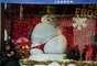 El espíritu navideño ha llegado a las tiendas más importantes del mundo. Los creativos ponen su esfuerzo para asombrar a los visitantes con vidrieras divertidas y excéntricas para celebrar la temporada más espectacular del año.