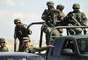 Desde el 1 de diciembre de 2006 al 31 de diciembre de 2011 el personal destacado en las diversas zonas militares capturaron a un total de 41.318 personas en operaciones contra el crimen organizado, recogió el informe.