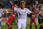 Neymar também se destacou no jogo e não foi apenas pelo cabelo exótico