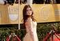 La joven Ariel Winter del elenco de Modern Family, fue una de las estrellas que llegó muy sonriente a la premiación de esta noche