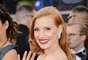 La nominada a Mejor Actriz, Jessica Chastain fue una de las primeras celebridades en llegar a la Alfombra Roja de los Oscar 2013.