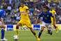 Defensa - Diego Reyes - América. El canterano demostró su clase al frenar a la ofensiva celeste