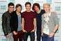 Te dejamos con algunas fotos de los mejores momentos de One Direction durante su carrera. Desde su reciente premiación y participación en los premios Brit Awards, hasta sus primeras apariciones públicas tras participar del programa X Factor en Inglaterra.