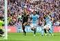Manchester City venció 2-1 al Chelsea y obtuvo su boleto para disputar la Final de la FA CUp en contra del Wigan. Los goles de los 'Citizens' fueron obra de Samir Nasri y Sergio Agüero; por los 'Blues' descontó Demba Ba.