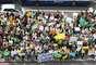 16 de junho - Um ato de apoio aos protestos no Brasil foi realizado em Dublin, na Irlanda, neste domingo