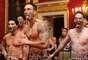 El Haka es una baile que los guerreros del pueblo maorí (nativos aborígenes de Nueva Zelanda) ejecutaban para intimidar al enemigo antes de un combate.