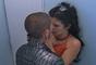 Iris y Santiago encabezaron una de las relaciones más polémicas del reality. Durante una noche de tragos se besaron y luego comenzaron un romance justo cuando él tenía algo con Gaby y ella se dejaba conquistar por Juver.