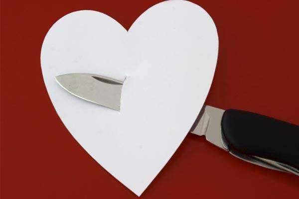 Superar una relación amorosa suele ser algo complicado, sobre todo cuando hay una tercera persona.