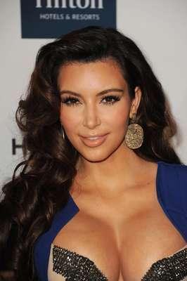 Estas son algunas famosas y modelos que han sido expuestas por diferentes motivos a tener un video sexual en internet. Para algunas manejar esto con la prensa ha sido la etapa más dura de sus vidas pero admirablemente han salido de este penoso suceso con la frente en alto. Kim Kardashian.