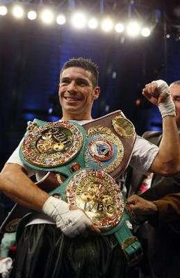 Sergio 'Maravilla' Martínez es considerado actualmente como el tercer mejor boxeador del mundo libra por libra, consangrándose 3 veces campeón mundial en pesos medianos.