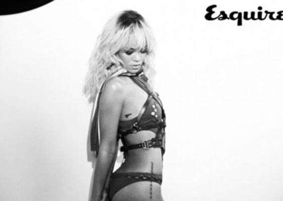 Rihanna, en topless para Esquire.